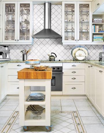 Kitchen-white-pattern