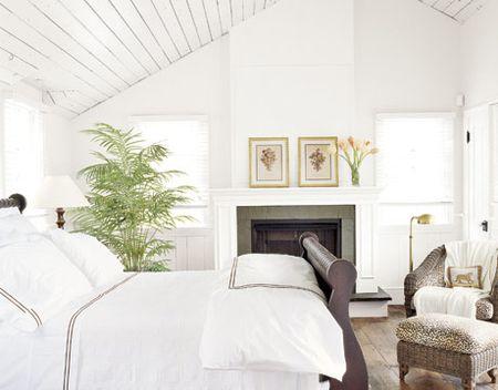 White bedroom-zen