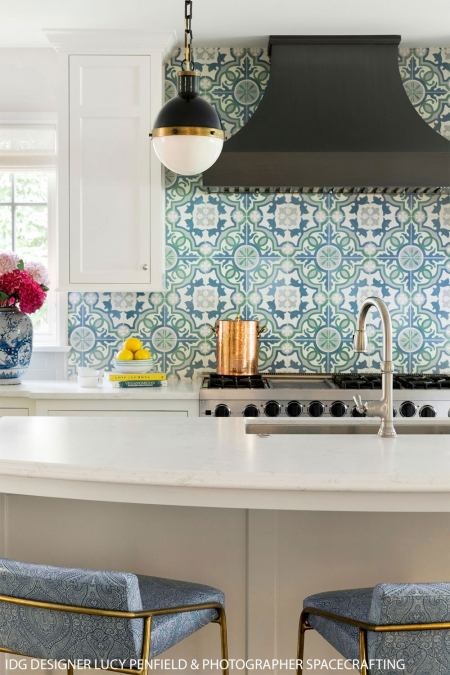 Lucy_patterned_backsplash_spacecrafting2